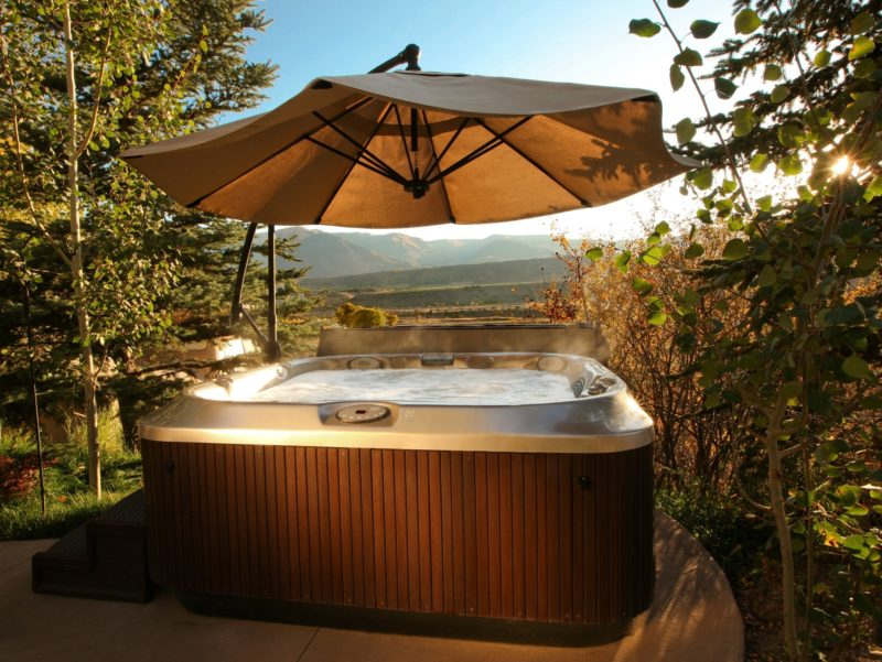 J-365 - Spa Jacuzzi® 6 - 8 places